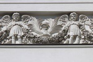 Two angels. Art stucco.
