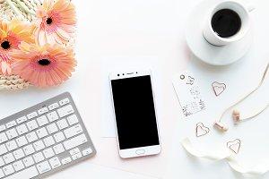 Phone Mockup / Styled Stock Photo