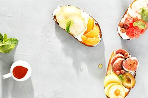 Various fruit bruschetta copy space