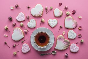 st valentines day arrangement of cup