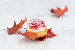 Beautiful apple rose cake