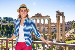 woman in front of Roman Forum lookin