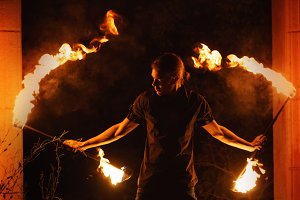 Fire show. Dance with Staff