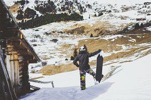 Snowboarder wearing black jacket