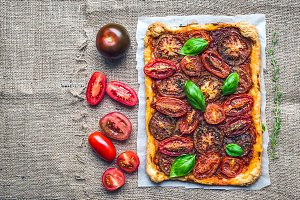 Rustic tomato autumn pie