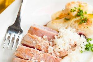 Cooked tuna