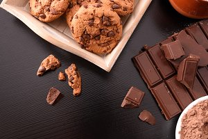 Biscuits and choco black table top