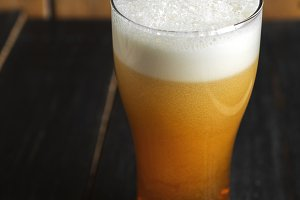 Cold nitrogen beer with a large foam