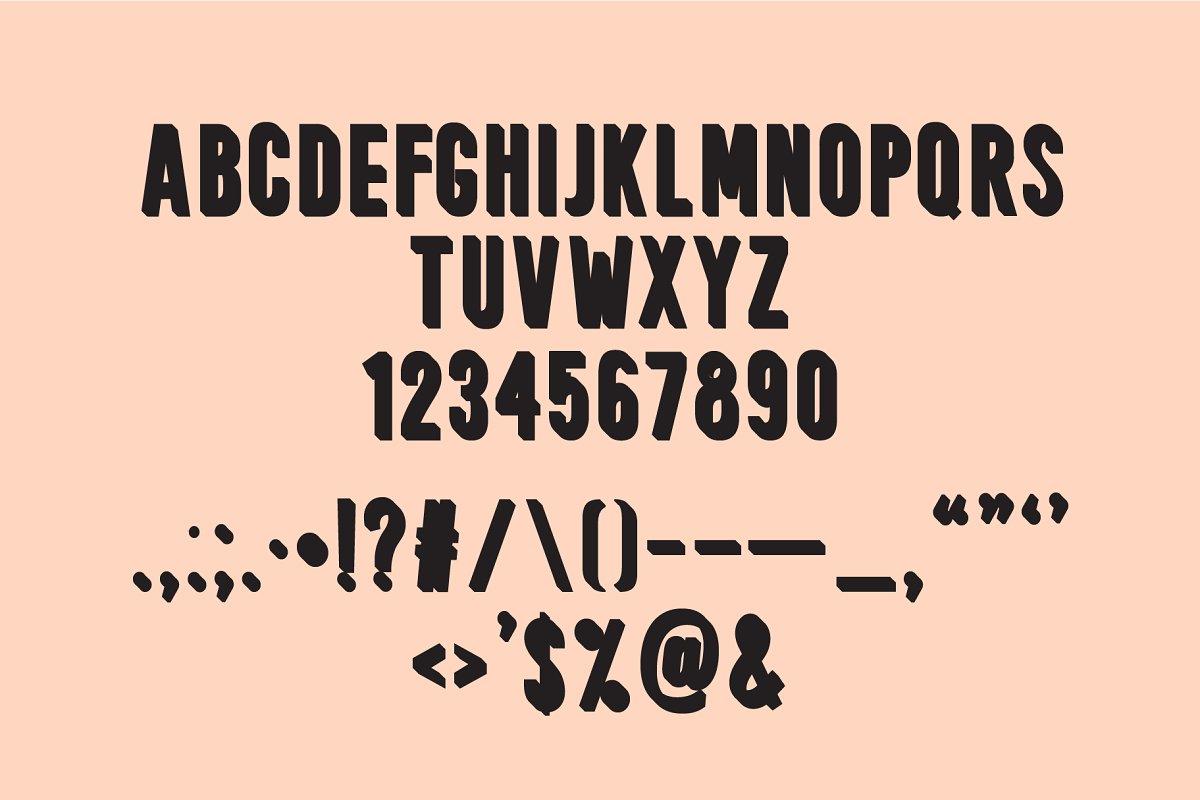 Peachy | A 3D Font Family
