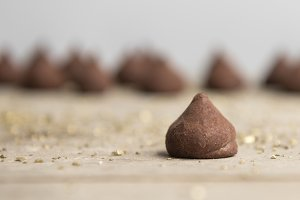 Chocolate truffle candy balls