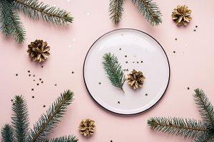 Christmas natural table setting. Spr
