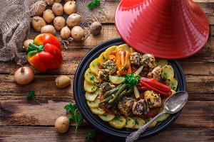 Fish tajine mqualli with potato and