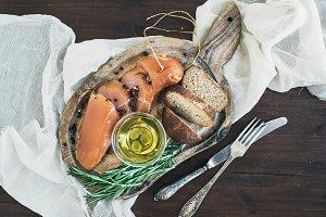 Chicken carpaccio, bread and olives