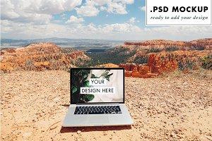 Bryce Canyon PSD Web Computer Mockup