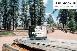 Outdoors Computer PSD MockUp Design