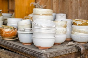 Set of white ceramic bowls.