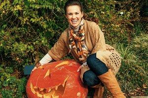 220n woman showing huge Halloween pu