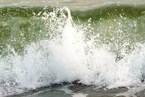 Big wave with foam