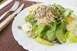 Green salad with fresh vegetables, f