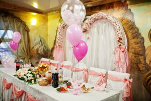 Good-looking wedding banquet table w