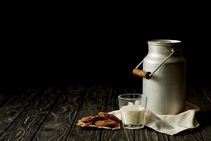 milk in glass and aluminium can, cho