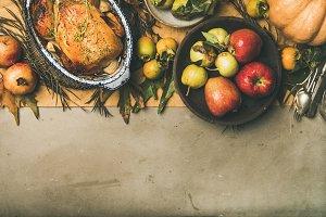 Thanksgiving dinner table setting