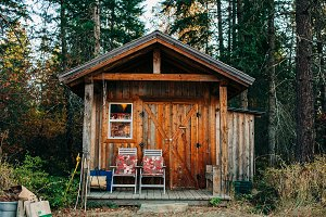 Rustic Cabin Tiny House