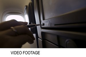 Inserting flash drive in Airplane