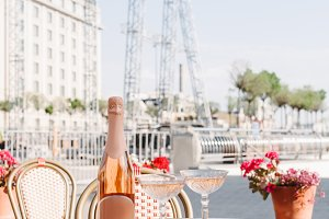gourmet desserts, bottle of champagn