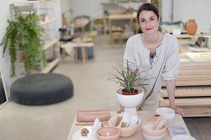 Craftsman Handmade Artist Showroom W