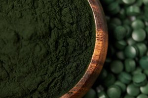 selective focus of spirulina pills a