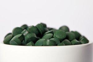 selective focus of pile of spirulina