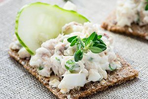 Smoked mackerel pate
