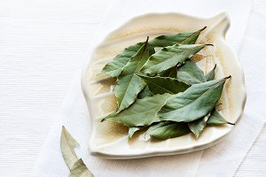 Bay leaves on plate