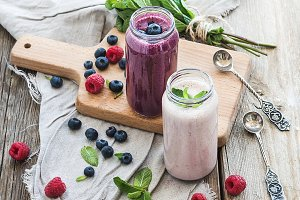 Fresh healthy smoothie with berries