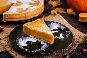 American homemade pumpkin pie