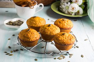 Pumpkin whole wheat muffins for