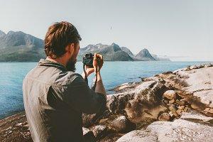 Man travel photographer blogger