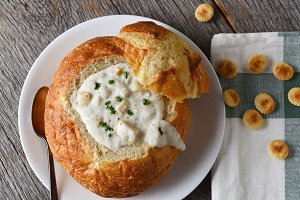 A bread bowl of New England Style Cl