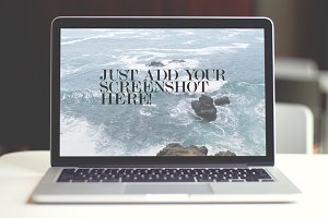 MacBook Pro Mockup - PSD Template