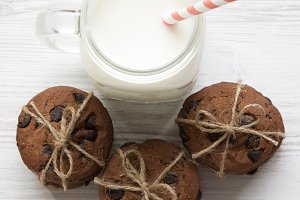Chocolate chip cookies and glass jar
