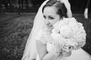 Close up portrait of beautiful bride
