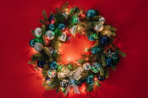 top view of christmas wreath decorat