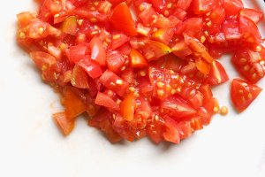 chopped tomato for pizza