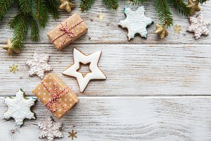 Pine tree, gift boxes and cookies