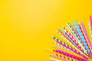 Drink straws of different colors