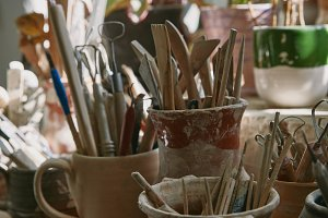 selective focus of pottery tools and