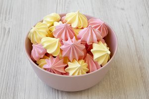 Mini meringues in a pink bowl