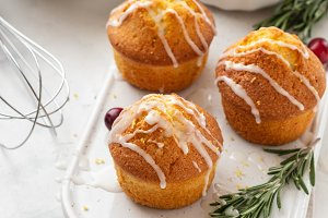 Muffins, cakes with cranberry and