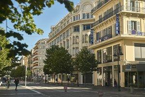 Scene of daily life in Nice